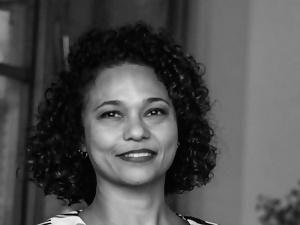 Dr Laura Guimarães Corrêa (Brazil)